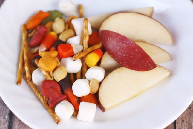 Fall Festival Mix pairs great with apple slices!