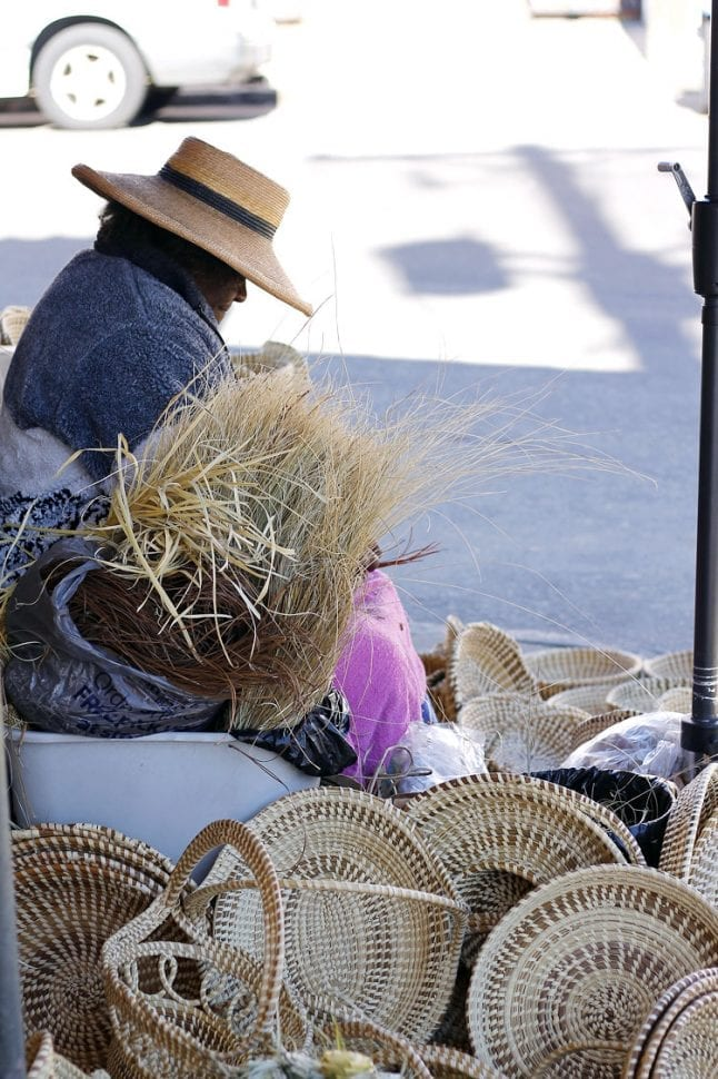 basket-weaving-in-charleston