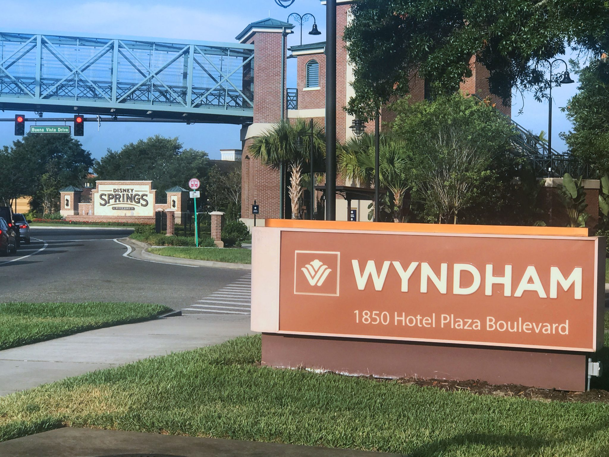 5 Reasons To Stay At Wyndham Lake Buena Vista Sarah In The Suburbs