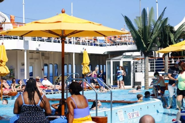 Reasons to Sail Carnival Cruise lines includes their great pool deck.
