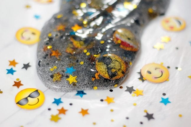 How to Make Emoji Slime