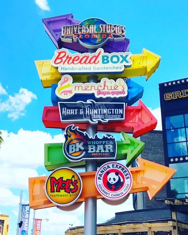 So many of the best restaurants at Universal City Walk offer so much more than fod!
