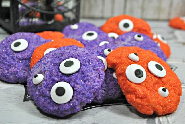 Finished monster eye cookies.