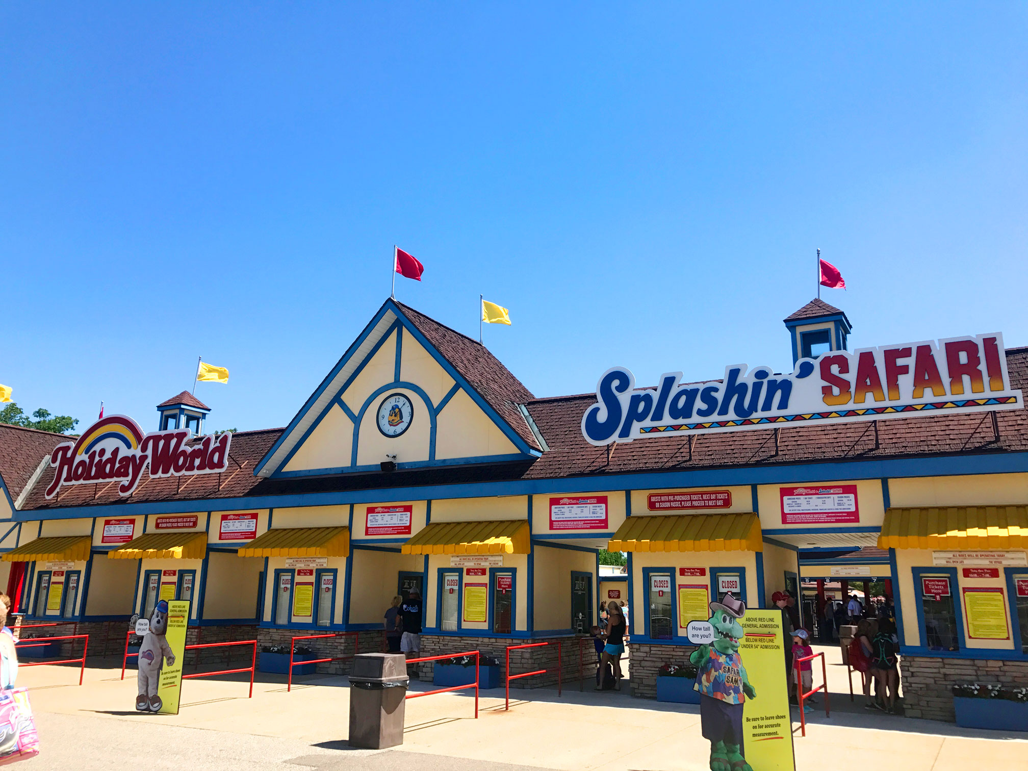 Ultimate guide to Holiday World in Santa Claus, Indiana