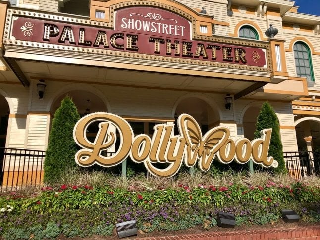 Dollywood Entrance sign at the front of the theme park