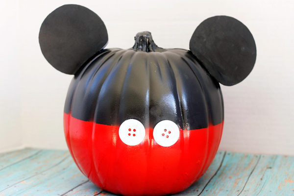 Mickey Mouse no carve pumpkin finished product.