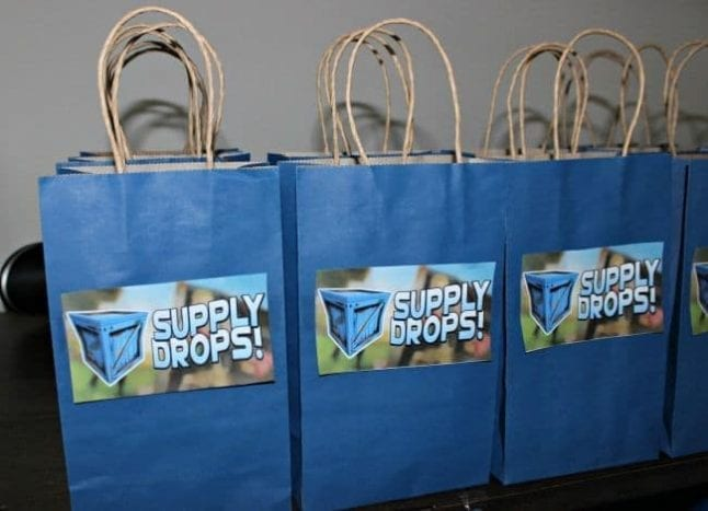 Supply drops bags inspired by Fortnite are a perfect Fornite party idea.