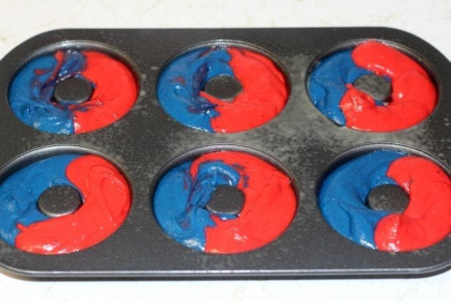 Captain Marvel inspired donuts combine iconic colors of America and her suit.