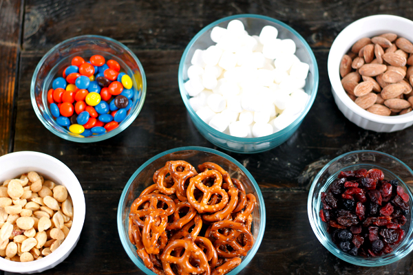 Fun ingredients kids will love to make trail mix with!