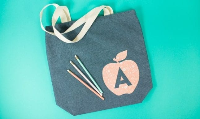 Easy teacher gift ideas include a tote bag made with a Cricut.