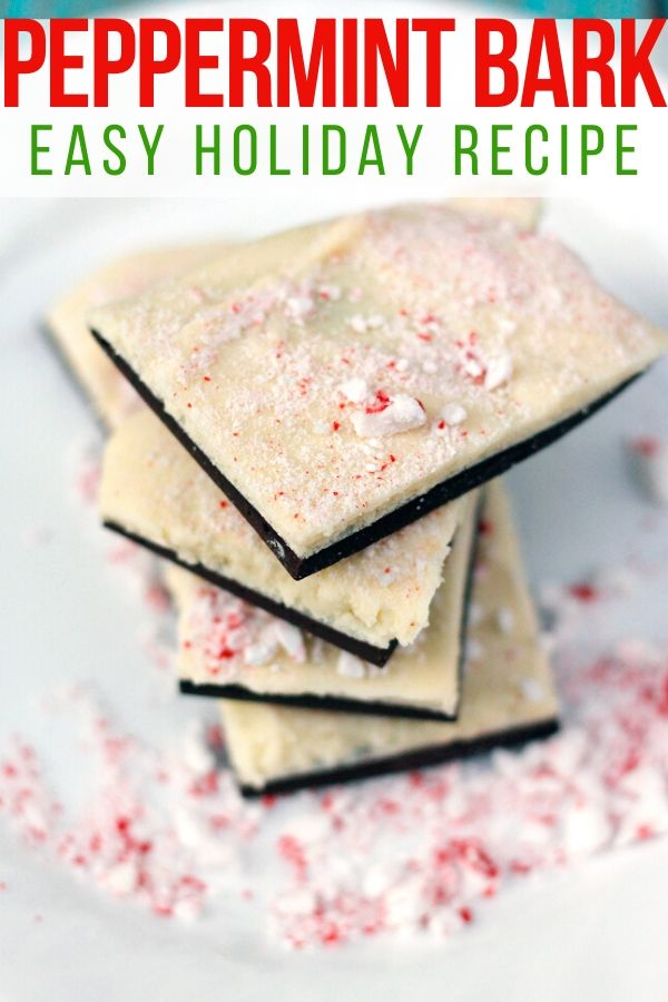 Follow this quick and easy recipe to make the best peppermint bark you'll ever taste! #peppermintbark #holidayrecipe #christmas #christmasrecipe #holidays