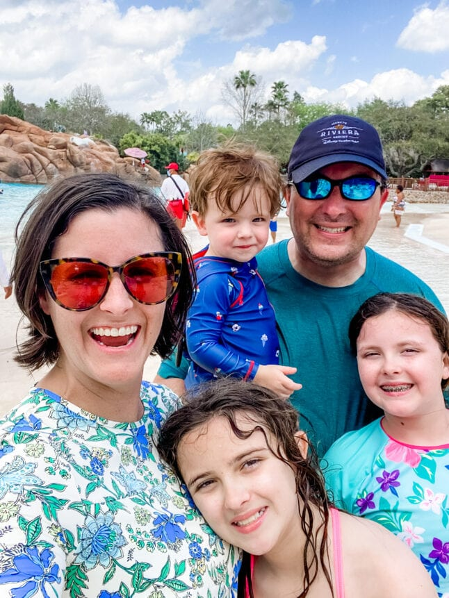 Family photos make for great Disney World vacation memories!