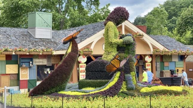 Mosaiculture is on display during Flower and Food festival on the Dollywood schedule of events.