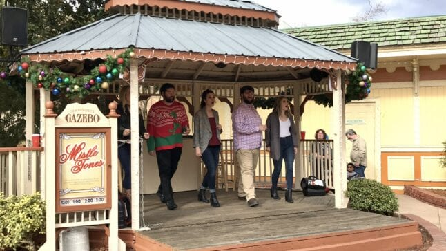 Dollywood schedule of events includes musical performances like the Mistletones.